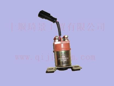 起动机继电器 3735085-kc100