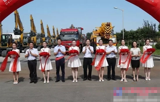 Chinese government foreign aid for disaster relief supplies in the car shipped successfully Xugong